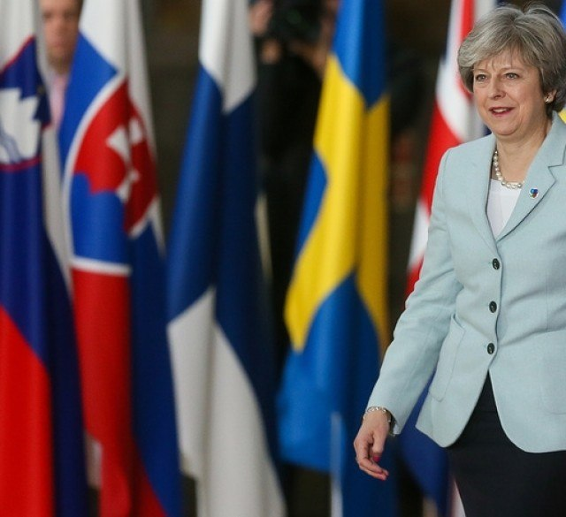 Тереза Мэй заявила о намерении противостоять враждебной России